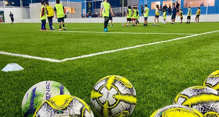 Juazeiro do Norte inaugura Escola de Futebol do Ronaldo Fenômeno