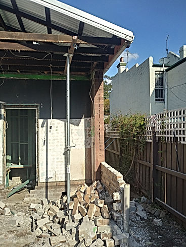DC Demo Solutions Small excavator excavation 3