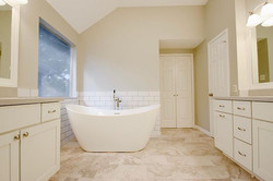 We are in love with this bathroom! Goodb