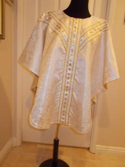 Vestment White