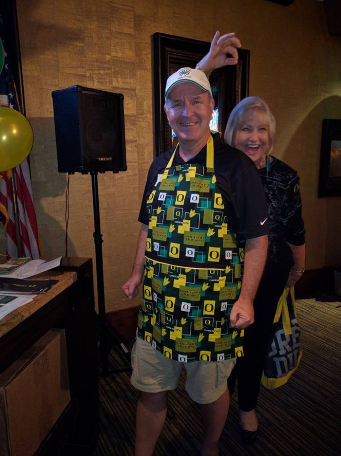 Oregon apron