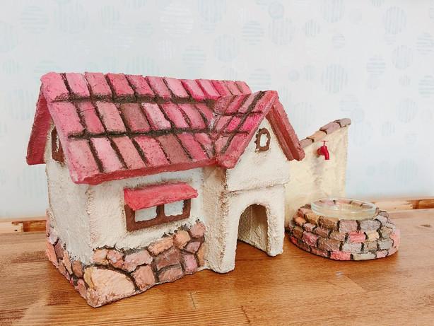 ピンクのお家