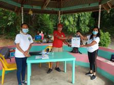 Laoag members distributing goods to frontliners during Lockdown.