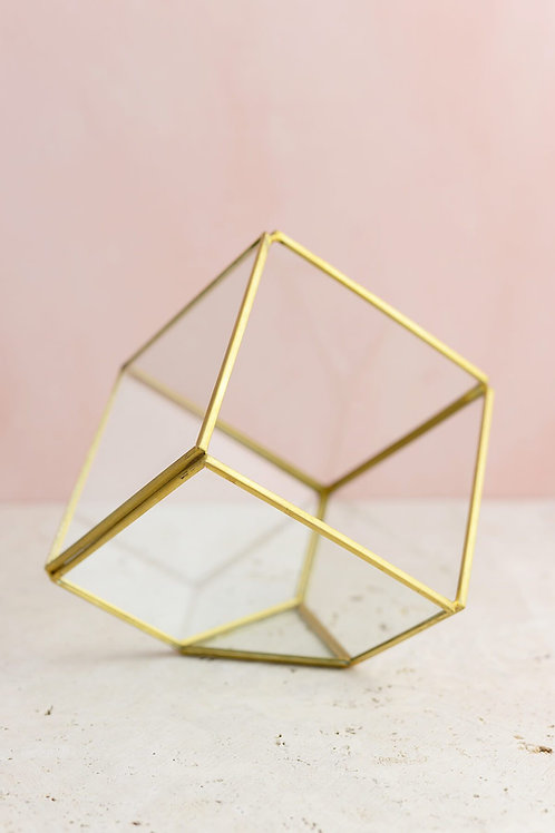 Small Geometric Centerpieces