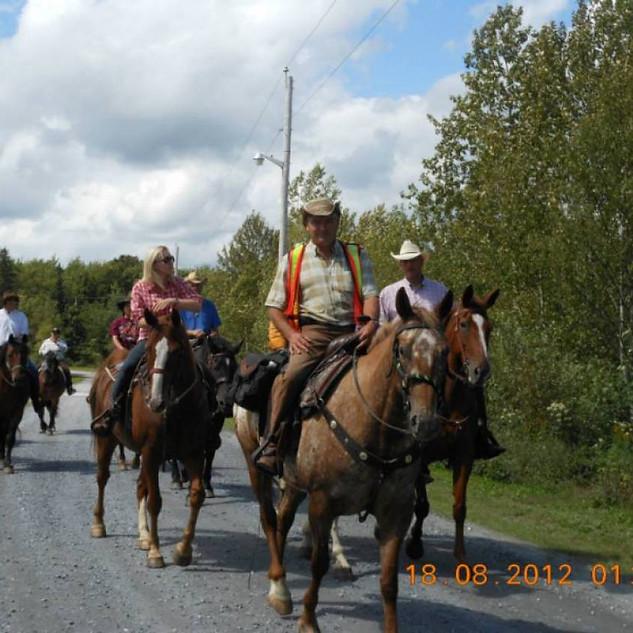 rendonner-cheval-2012-camping-002.jpg