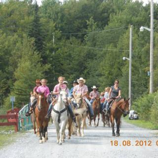 rendonner-cheval-2012-camping-004.jpg