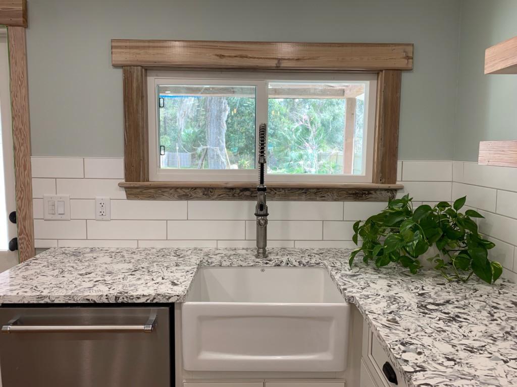 Cottage Kitchen Farm Sink