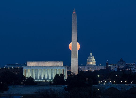 DC Hidden Moon