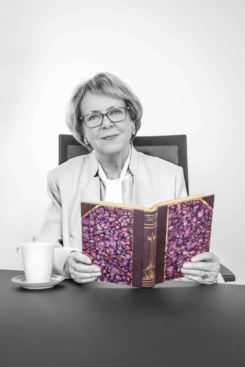 Vigdís Finnbogadóttir, first democratically elected woman President in the world. UNESCO Goodwill Ambassador for Languages...