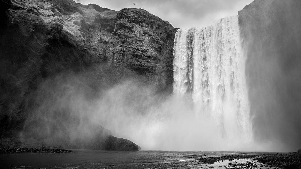"Skógafoss Waterfall, Iceland (20""x13"")"