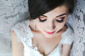 close-up-bride-prepared-her-big-day_1153