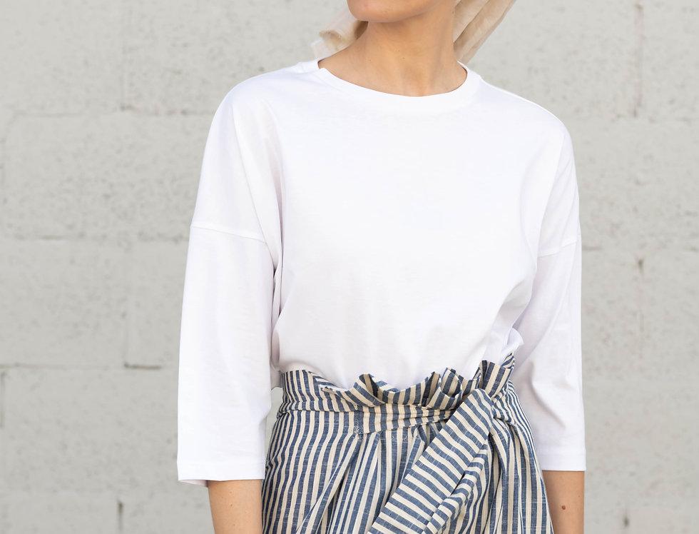 T-shirt; White