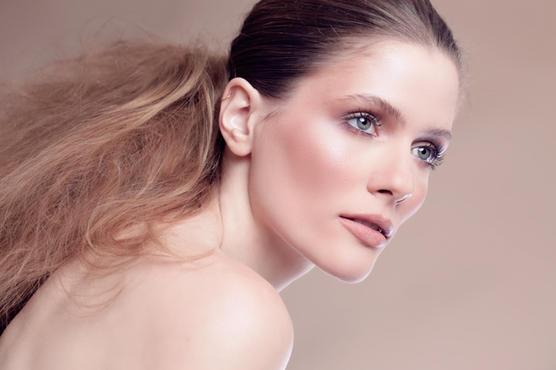 Model: Charlotte Geron MU: Yarin Shahaf Hair: Yulia Fleysher