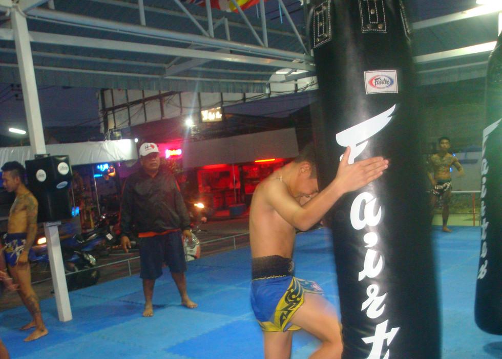 Knee training