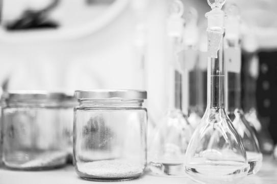 blur-bottle-chemistry-248152_edited.jpg
