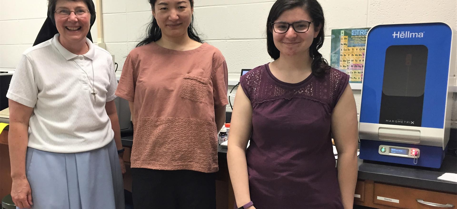 Professors Mulligan and Zhang with scholarship winner Ilyse Gorman