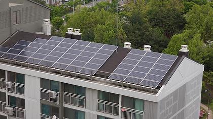 paneles-solares-tejado-comunidad-de-veci