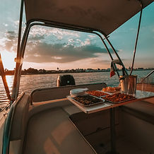 Aperitif sunset.jpg