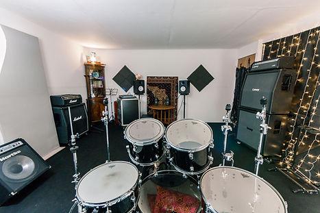 Sic Lick Studio rehearsal-4.jpg