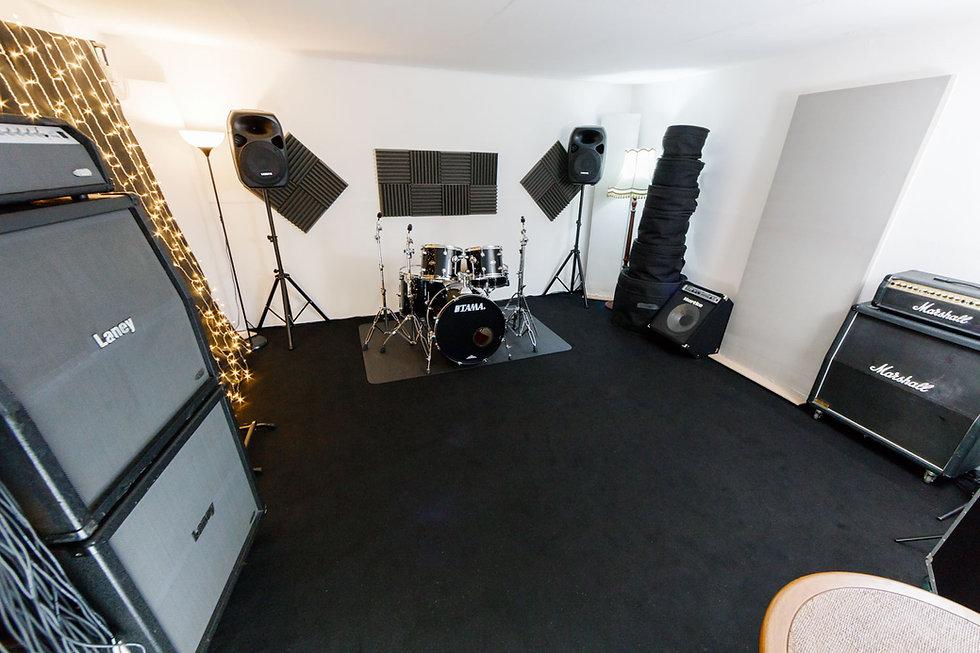 Sic Lick Studio rehearsal-2.jpg