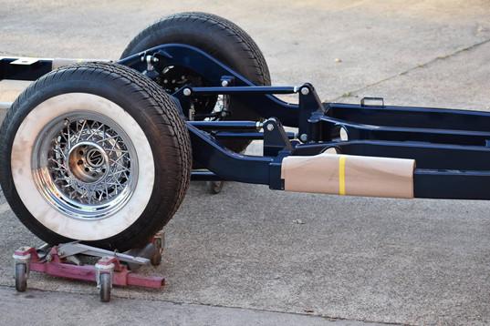 chassis 323frt.jpg