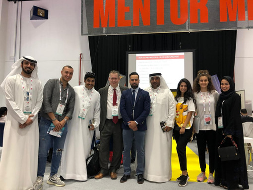 FACULTY WITH STUDENTS AT GITEX