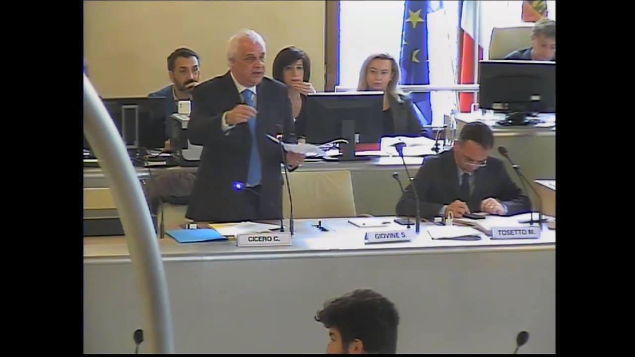 11 aprile 2019. Consiglio Comunale. Claudio Cicero risponde...