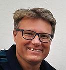 Dr. Oliver Petz