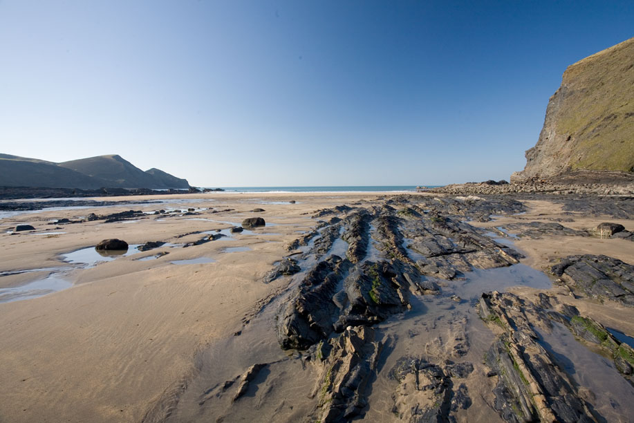crackington_beach