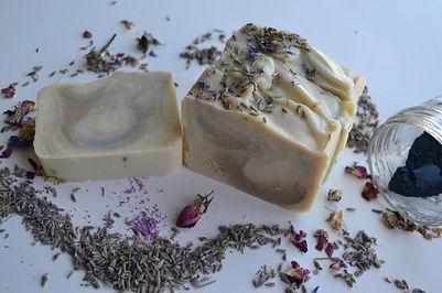 lavender vanilla soap 1.JPG
