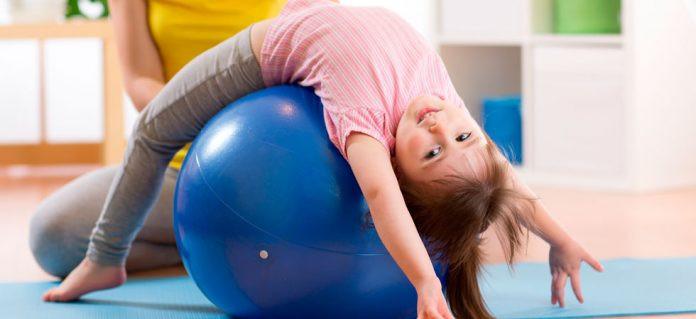 pilates-kids-capa-696x319.jpg