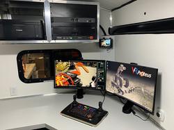 Office-Desk-2