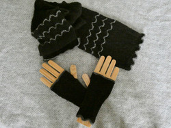 scarf and handwarmers set