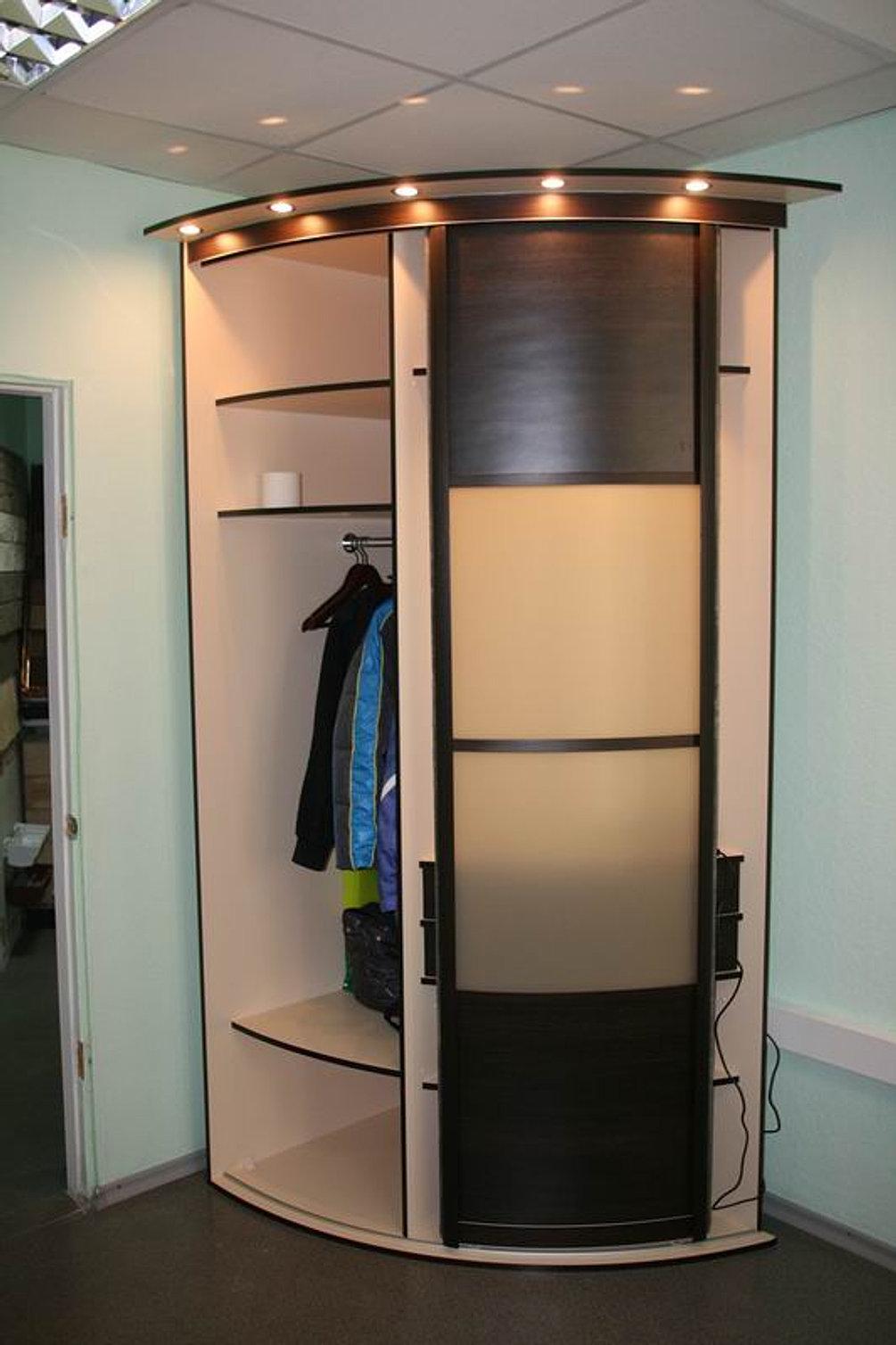Радиусные шкафы в прихожую, разновидности и особенности напо.