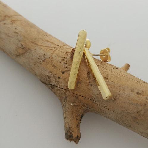 עגילי קו זהב ארוכים