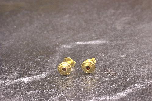 עגילי זהב צמודים