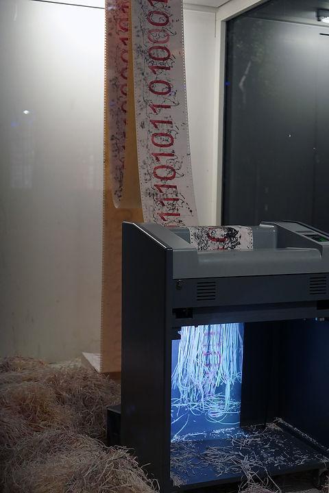 worldformator, installation, shredder, video, audio, mia diener