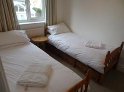 Sandpipers twin bedroom