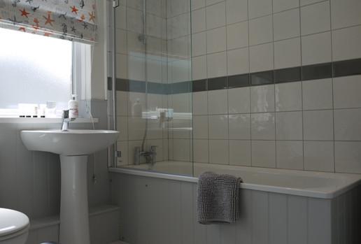 Harbour Strand bathroom
