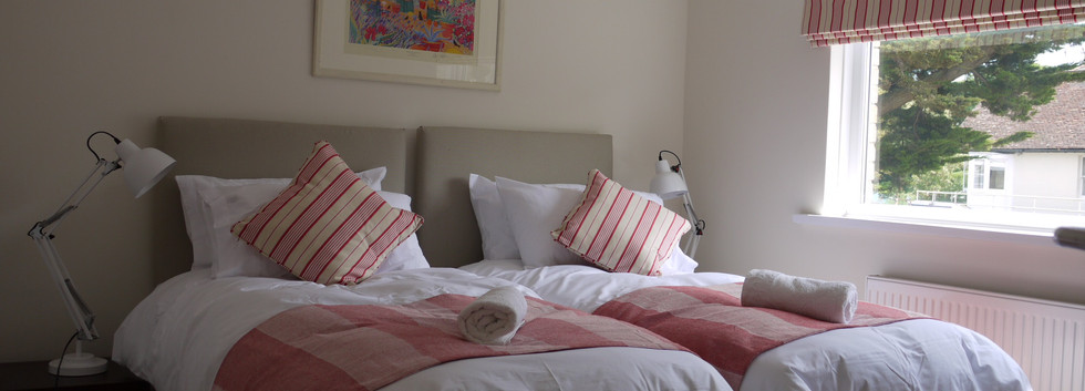 Harbour Strand twin room