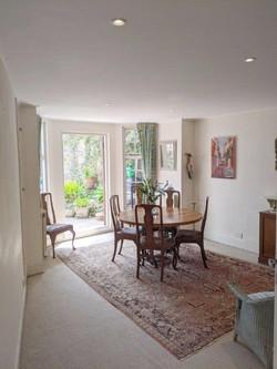 Littlecroft breakfast room with doors to