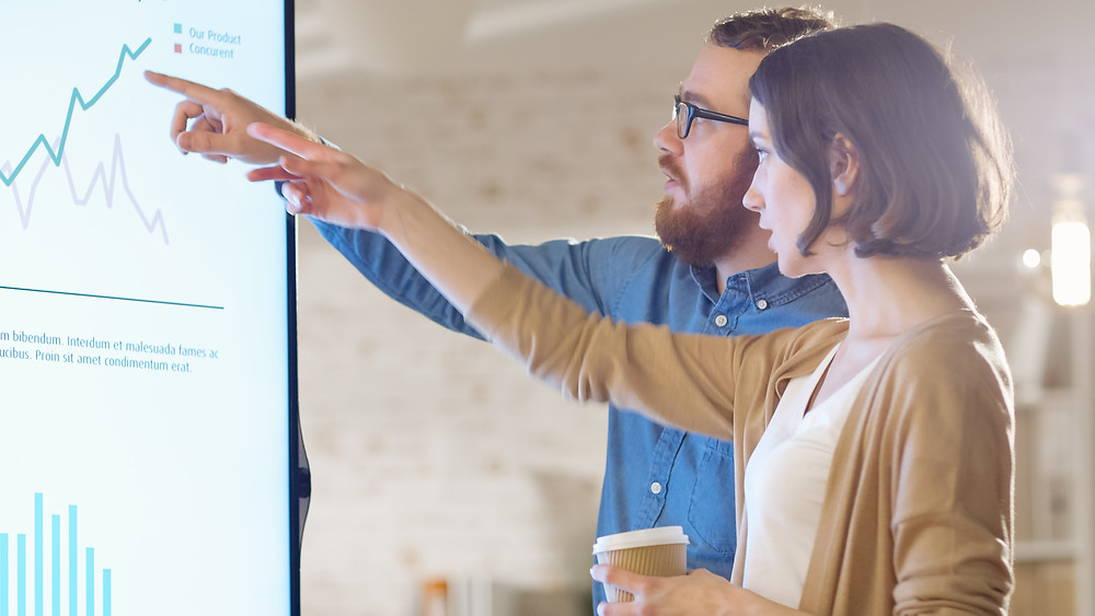 Enhance Collaboration in Small Business with Smart Boards