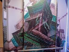 信義店電梯車箱02.JPG