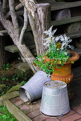 Old Hampton Bucket