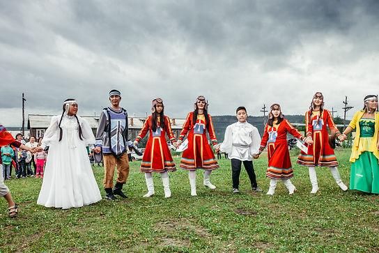 день коренных народов мира эвеникя