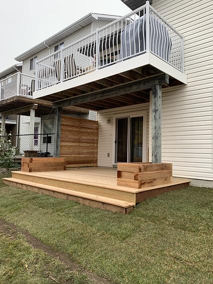 Cedar deck and privacy wall