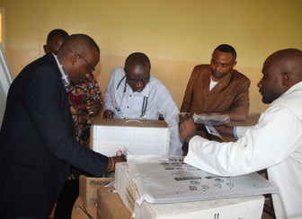 Neuropsychiatric centre in Lubumbashi receives new medical equipment from Belgian partner UCB