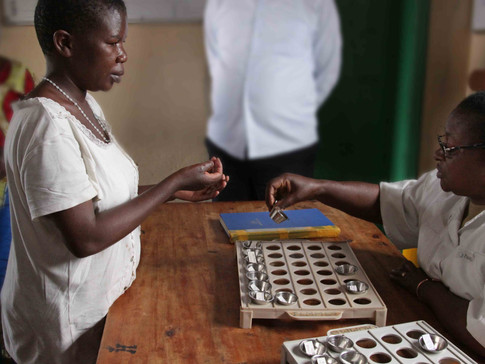 Medicine_distribution_Bukavu_DRCongo_-_%