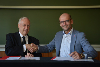 Fracarita International and University Colleges Leuven-Limburg (UCLL) renew collaboration