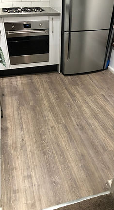 Tarkett LVT - Oak .jpg